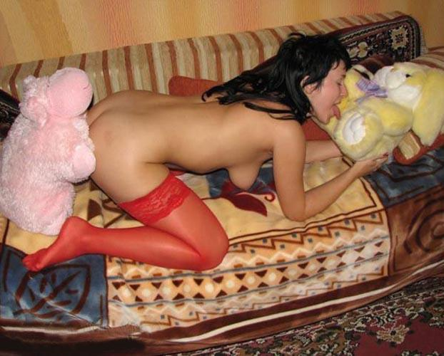 Naked amateurs with mascots - 1