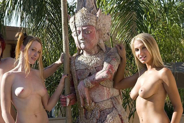 Naked amateur pics - 7