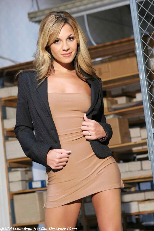 Kirsten Price lean blonde gets nude in warehouse - 1