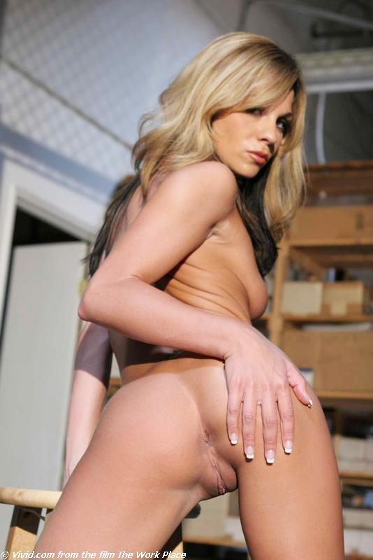 Kirsten Price lean blonde gets nude in warehouse - 10