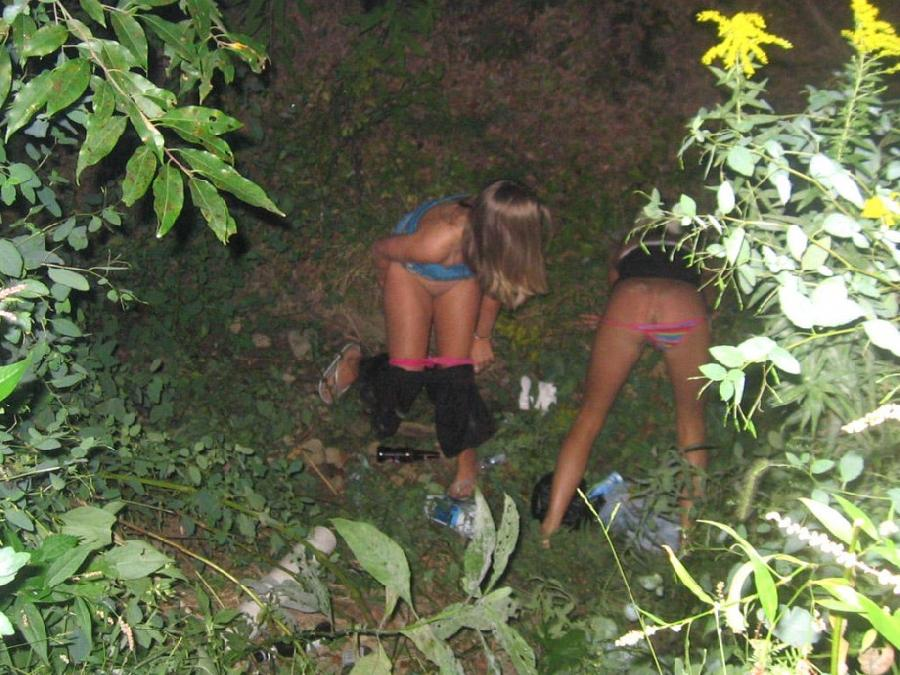 Amateurs adventures with pissing - 6