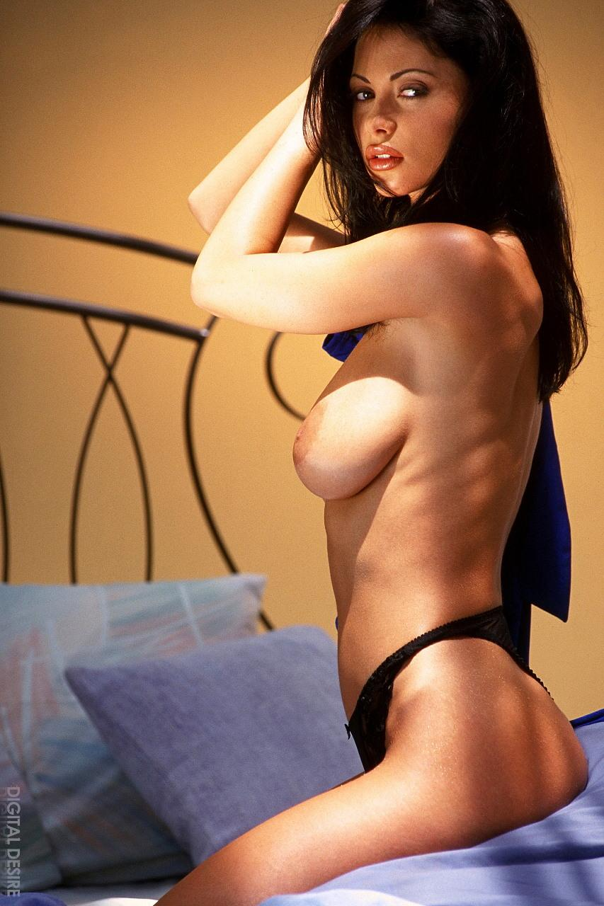 Amazing boobs of Veronica Zemanova  - 7
