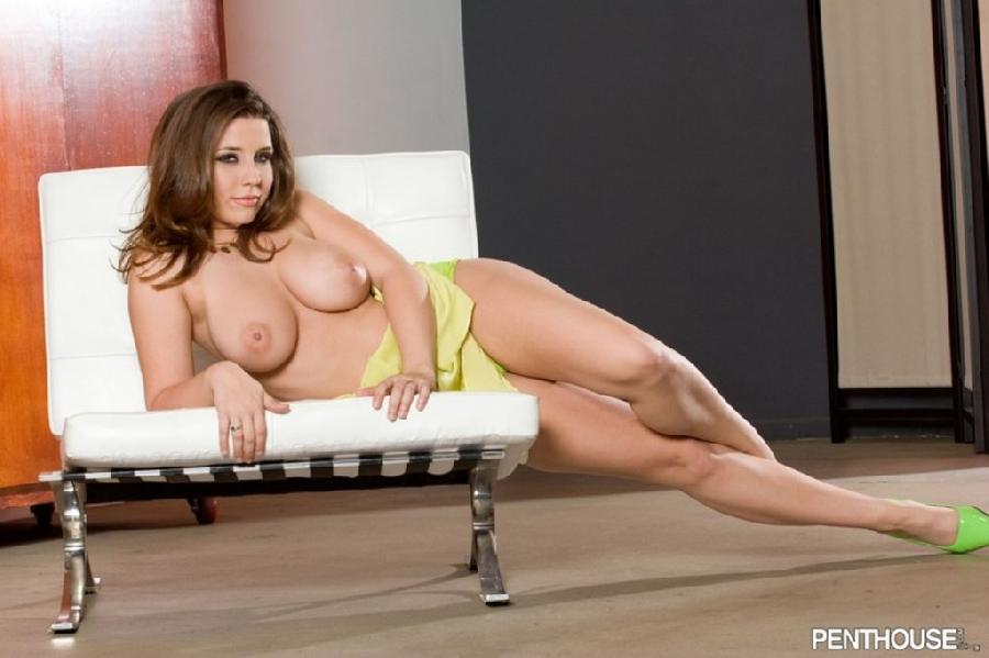 Sweet Erica Campbell with big tits - 4