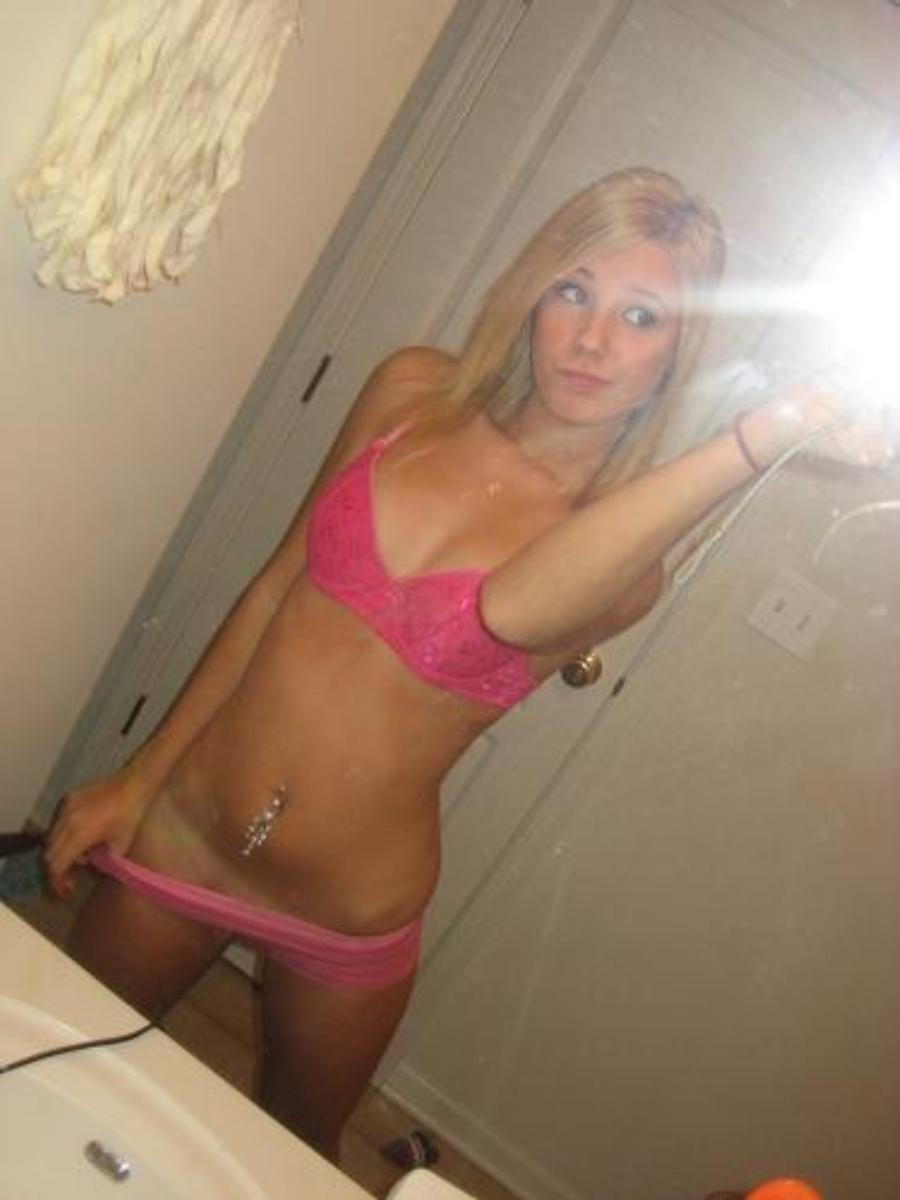 Amateur blonde homemade jennifer