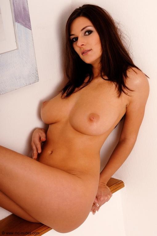 Nudes of a stunning brunette - Anita - 5