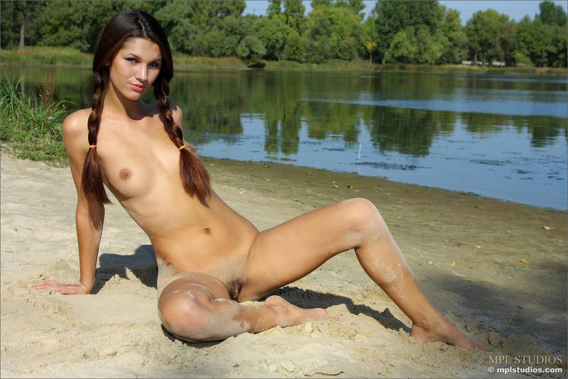 Outdoor nudity in a sunny day at the river - 9