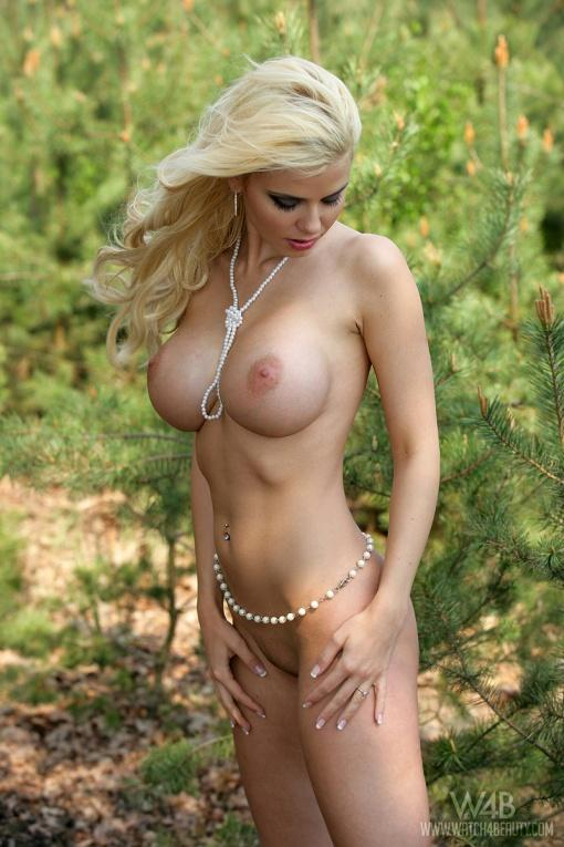 Big titty blonde naked in the woods - 5