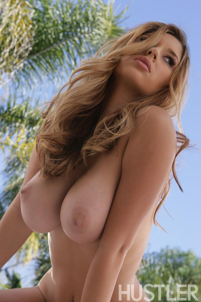 Hot babe with big tits and sweet pussy on the pool - Shay Loren - 5
