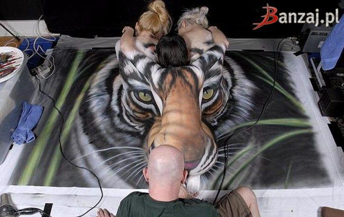 Three women and tiger - 13
