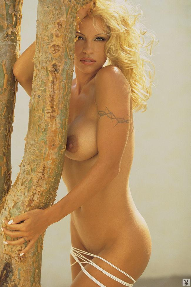 Pamela Anderson in Playboy - 7