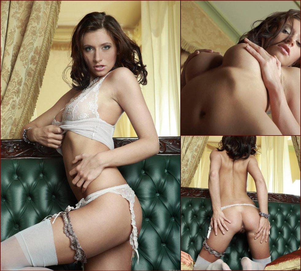 Very sensual woman - Simone - 27