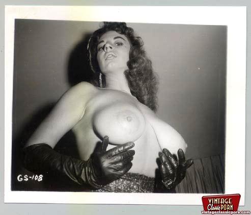 Retro erotica style pics - 11