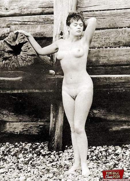 Retro erotica style pics - 5