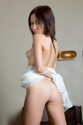 Brunette with hairy pussy - Night