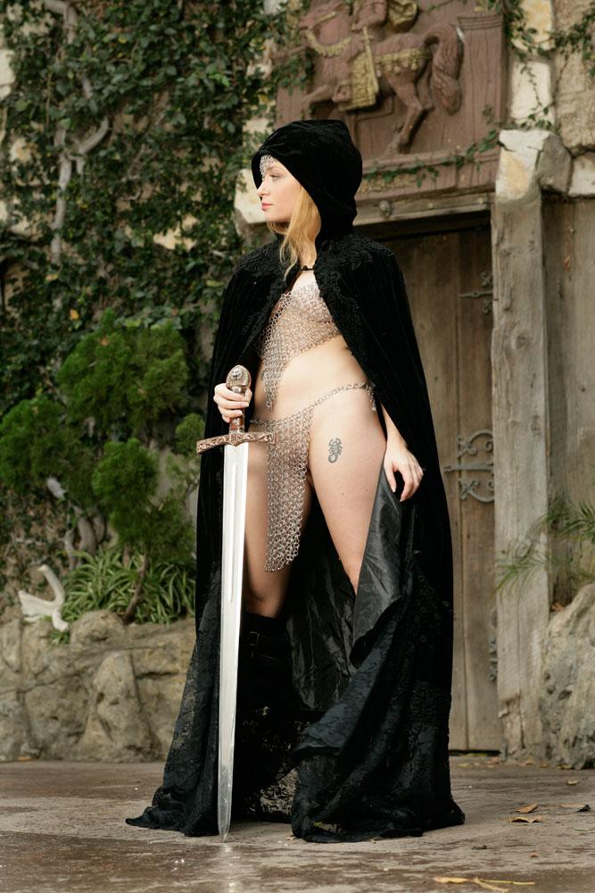 Sexy castle guard Aiden Starr  - 3
