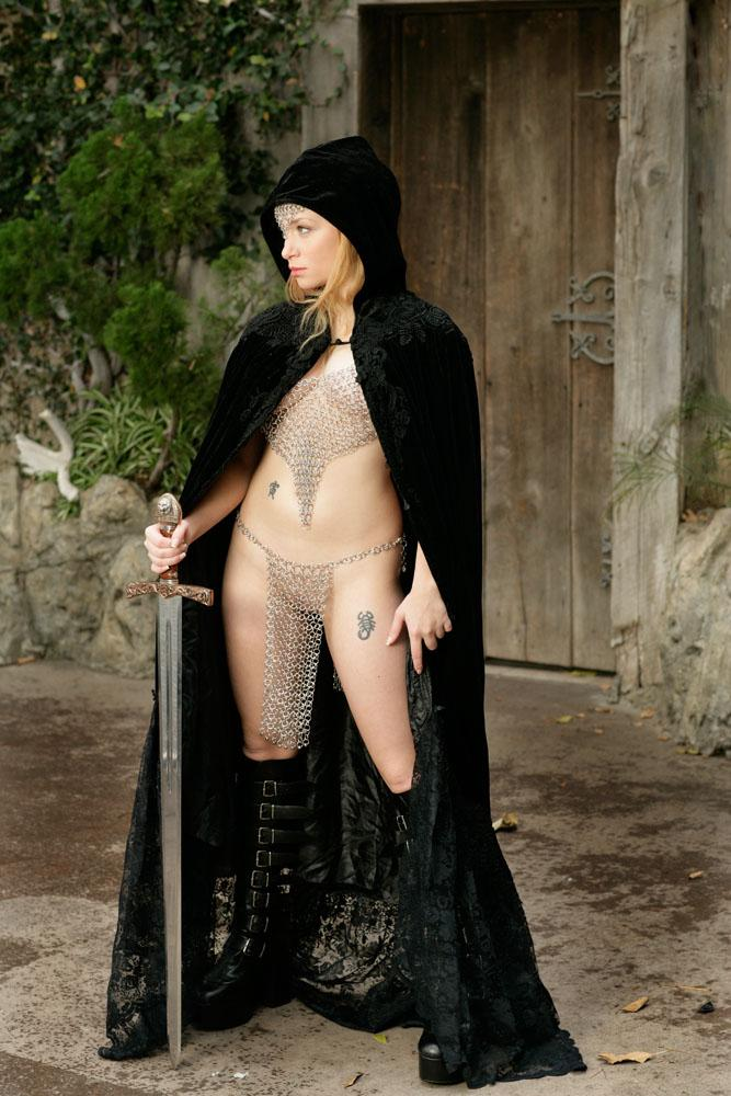 Sexy castle guard Aiden Starr  - 4
