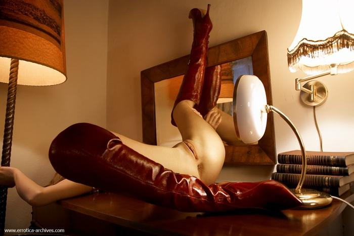 Daily erotic picdump - 111