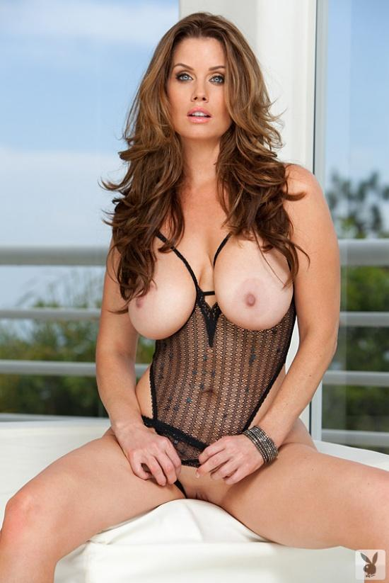 Carrie Stevens with natural tits - 9