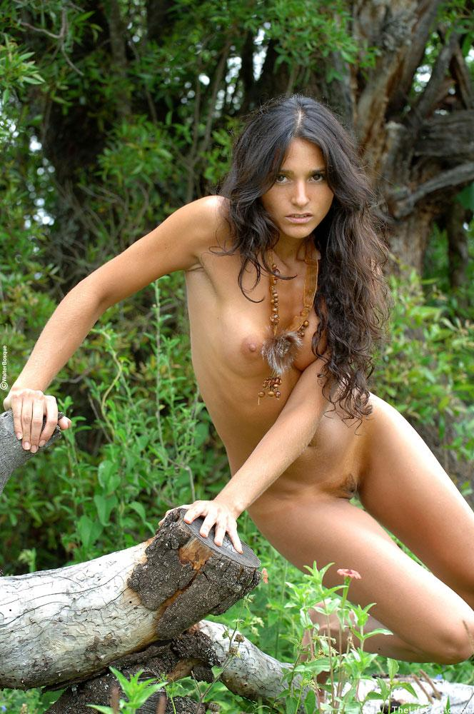 Latin ass naked in the jungle - Martina  - 16