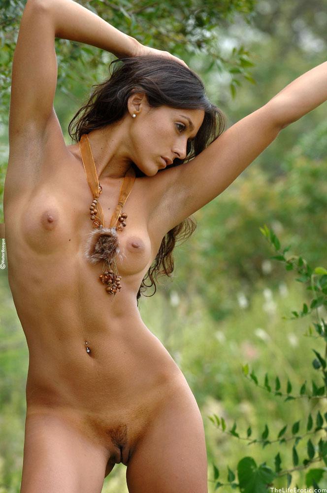 Latin ass naked in the jungle - Martina  - 6