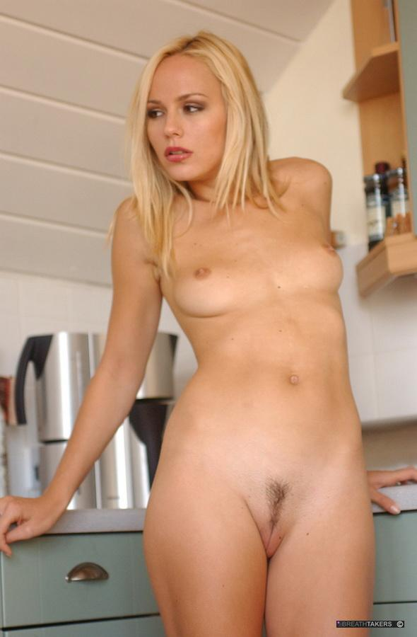 Crystal Klein strips in the kitchen  - 12