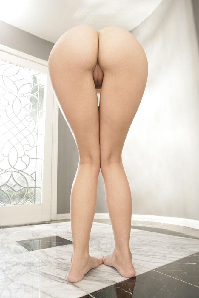 Jenny Hendrix has sexy round ass  - 10