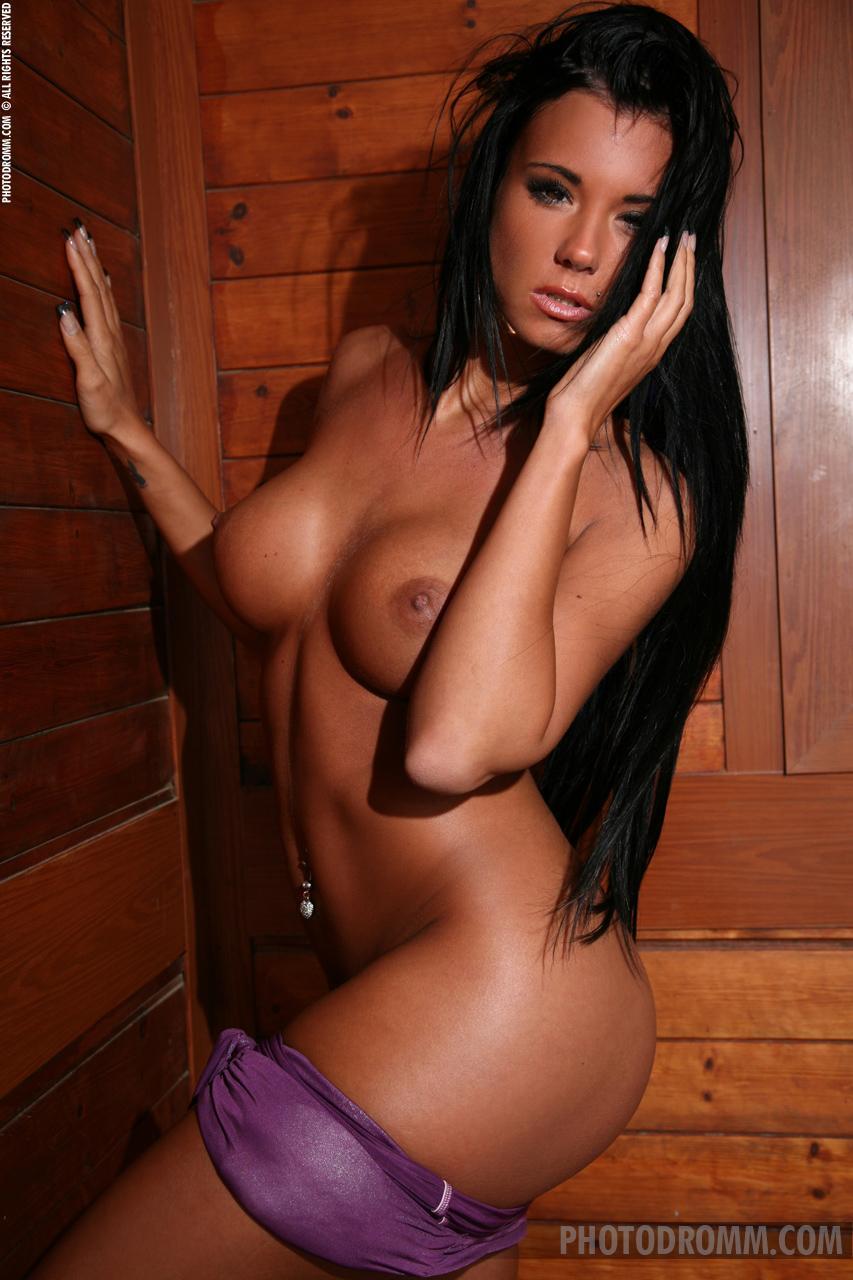 Beautiful hot brunette - Ashley  - 4
