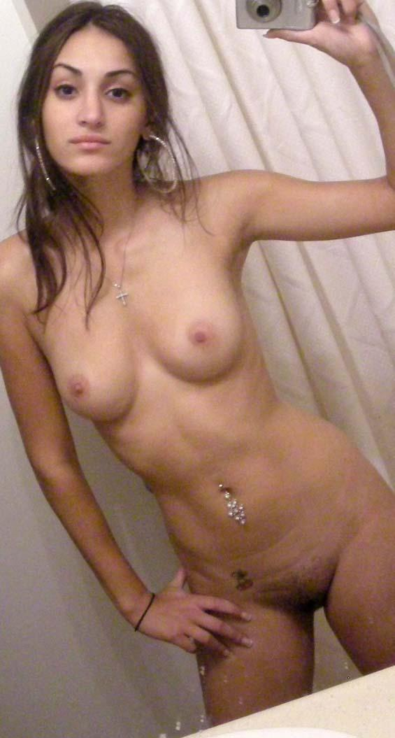 Hot Girl Snaps Nude Self Shots