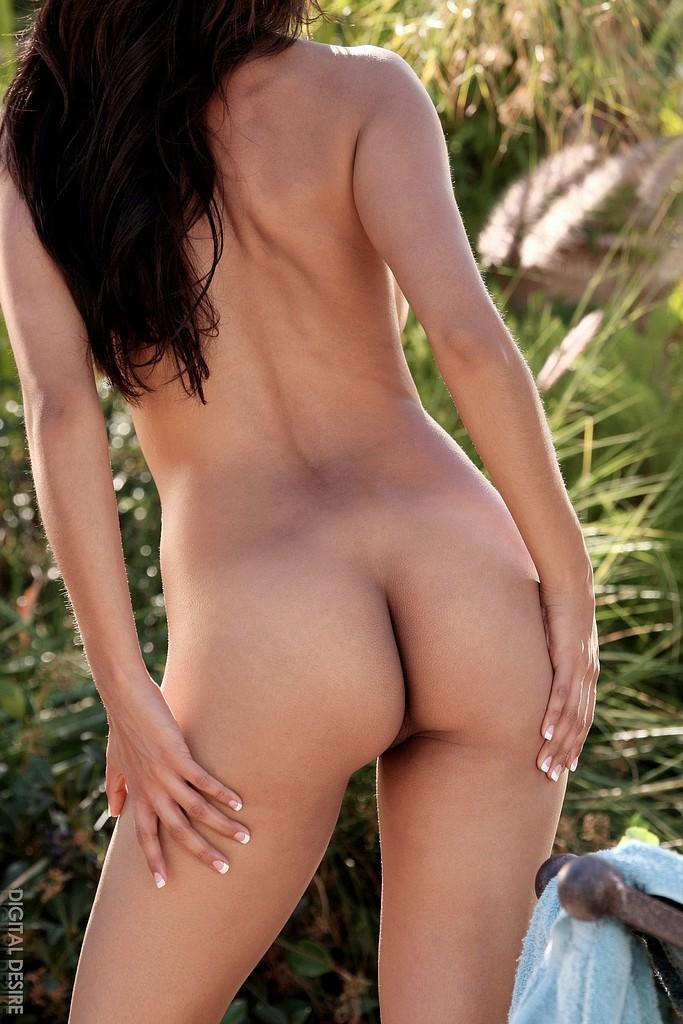 Nude brunette hottie  - 15