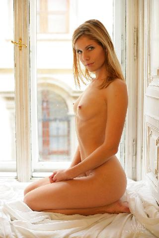 Iveta Vale nude in natural light