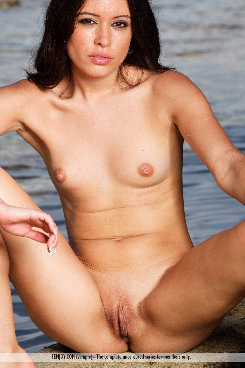 Angelique Jerone nude oceanside - 16