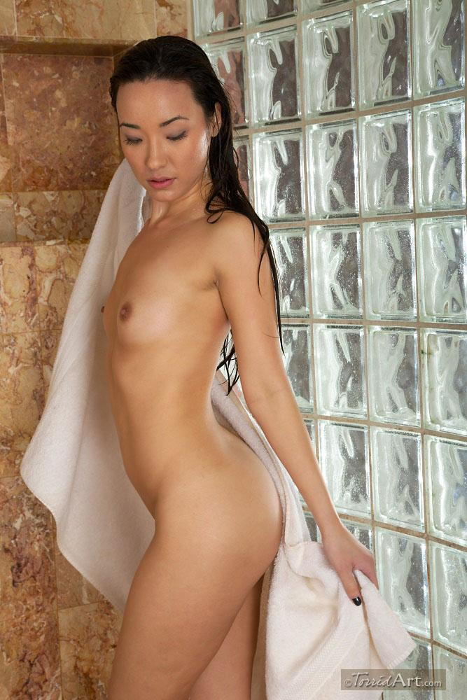 Miko Sinz takes a shower - 14