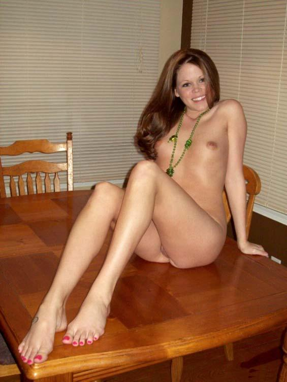 Sweet girlie naked around the house - 6