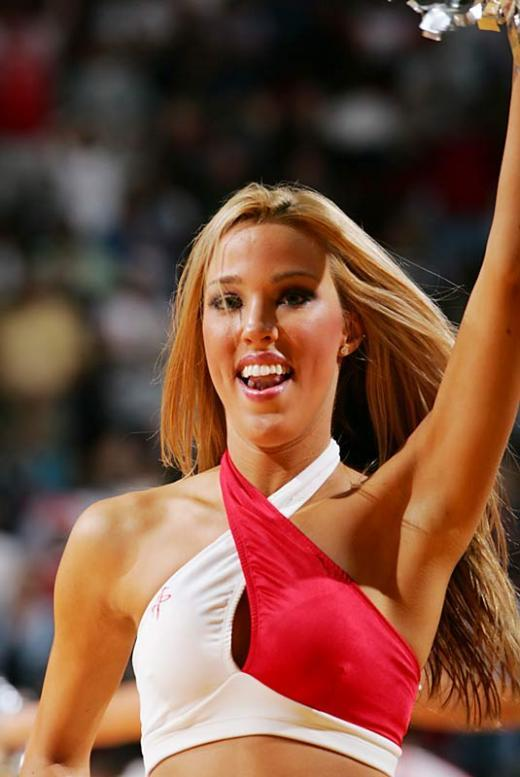 Slam dunking cheerleaders - 10