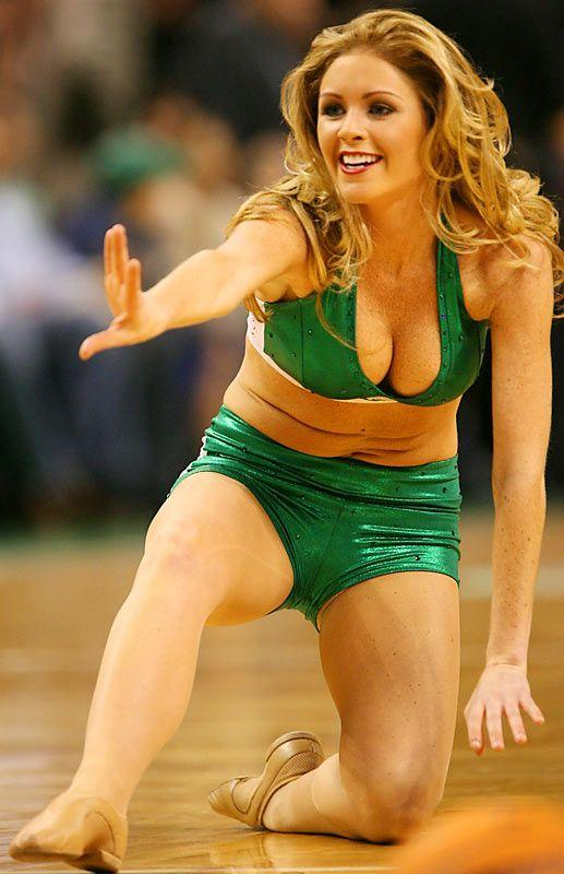 Slam dunking cheerleaders - 18