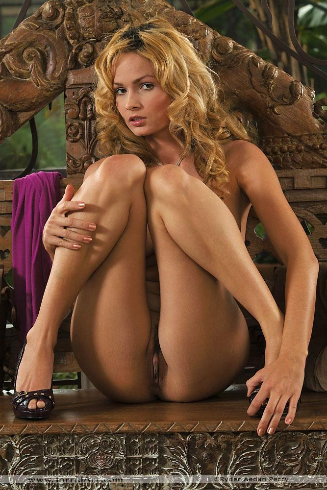Gorgeous babe with great ass - Prinzzess - 13