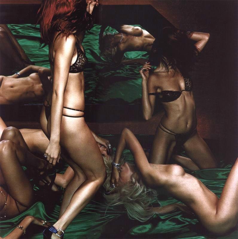Daily erotic picdump - 10