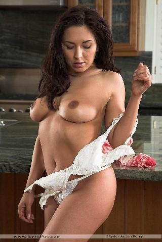 Sexy chick in the kitchen - Zoe Britton