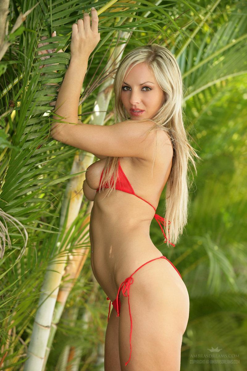 Hot blondes bikinis