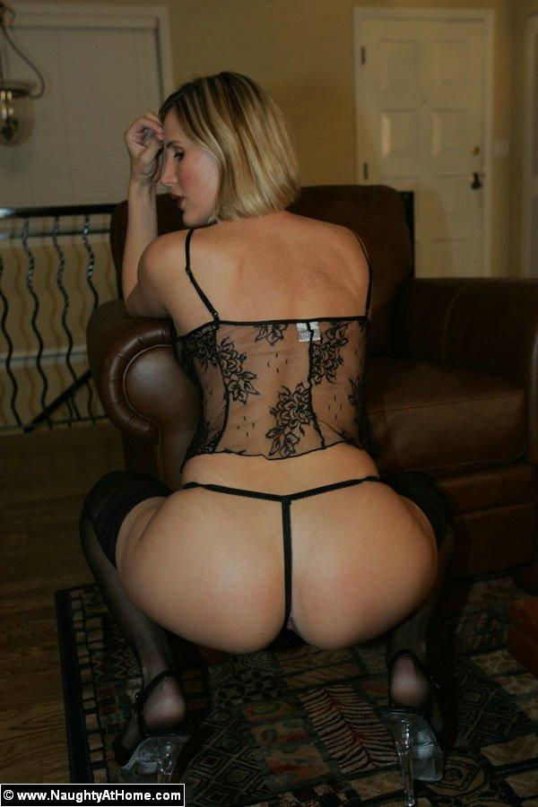 Great ass lady Desirae - 4
