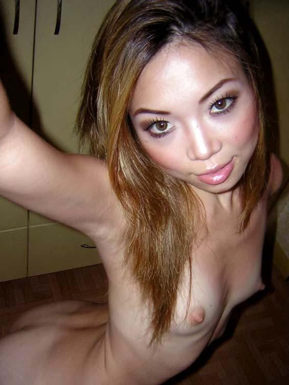 Beautiful Asian girl posing nude - 3
