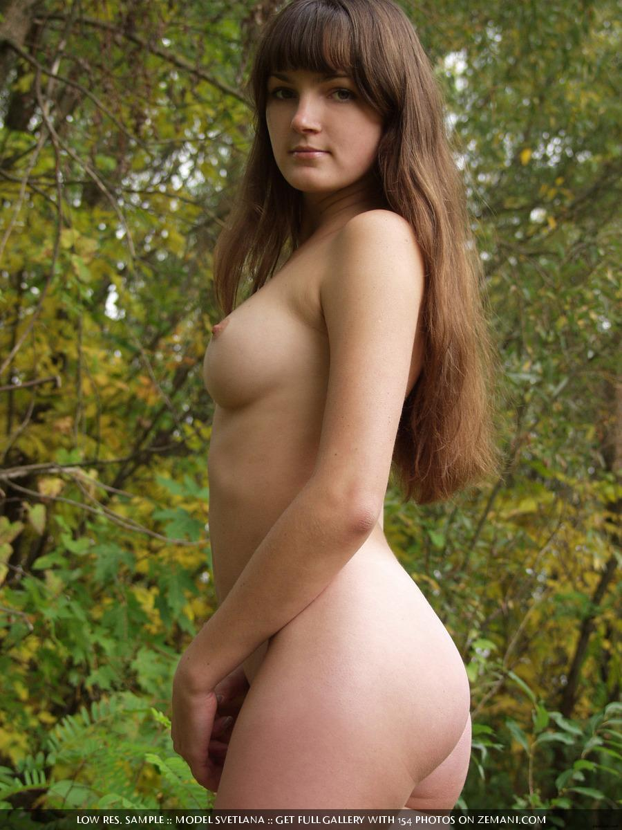 naked brunette girl near the lake - svetlana (16 pics) | erooups