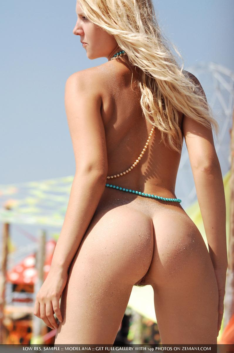 Sexy blonde gets naked on a dance festival Kazantip - Ana - 14