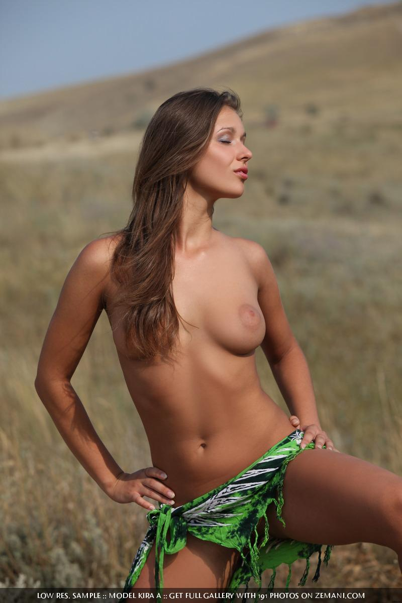 Nude doe from prairie will show all her charms - Kira A - 2