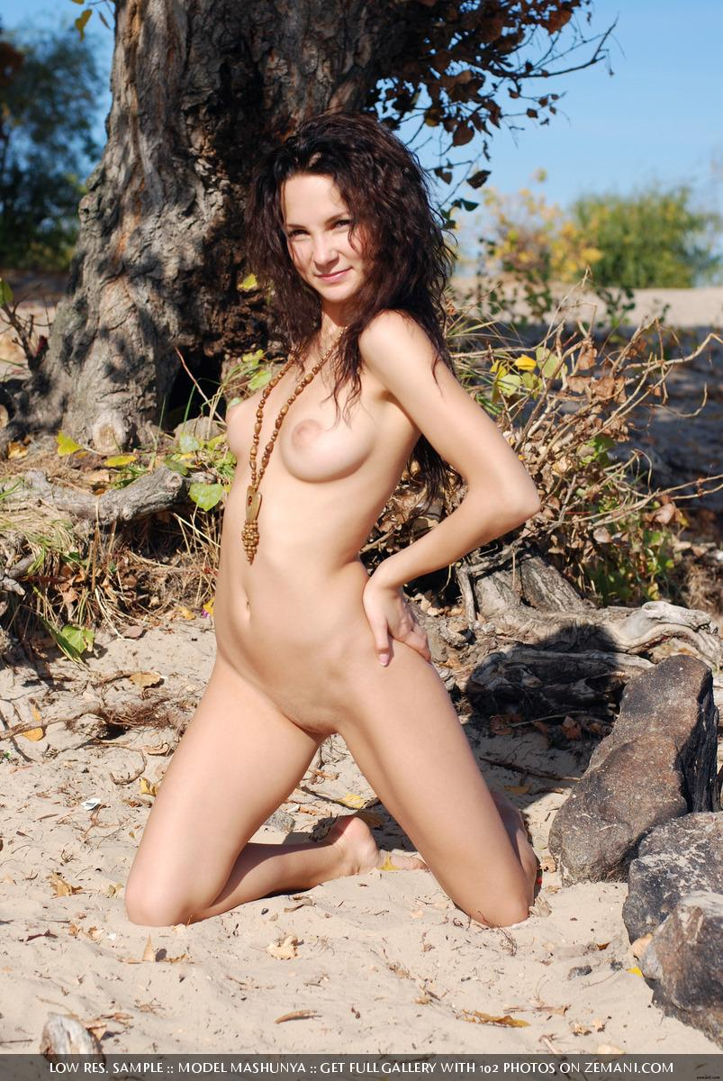 Naked brunette crawls on her knees on the sand - Mashunya - 6