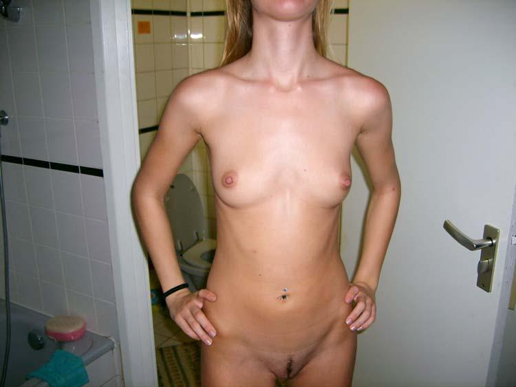 Skinny amateur shows her holes - 1