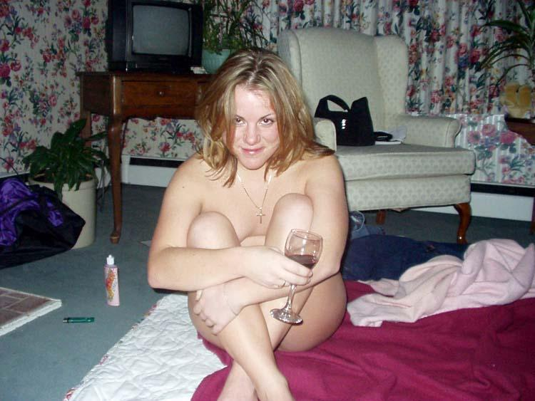 Cheating girl naked and horny - 9