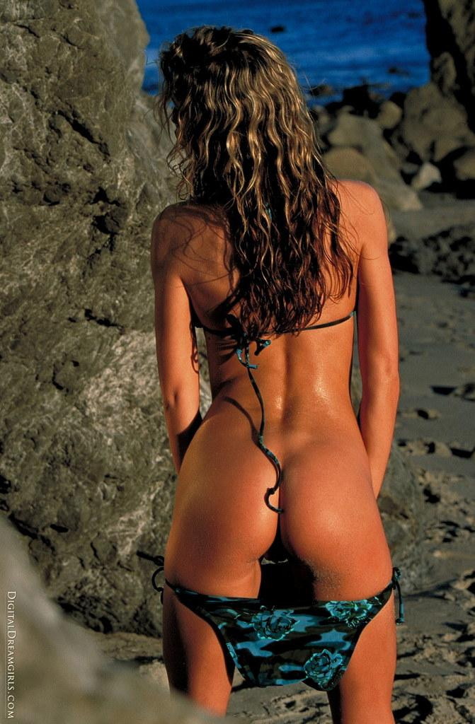 Monique Alexander nude at beach - 3