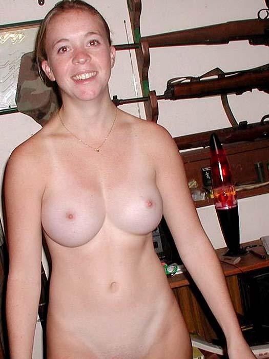 Older wife nude spread pics