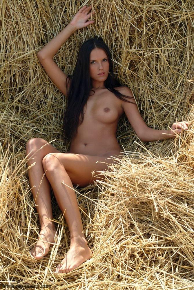 Cute brunette with naked body on the hay - Zuzana - 2